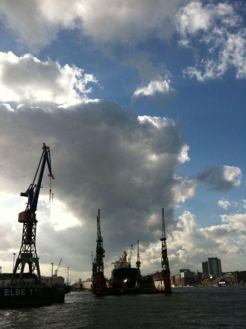 Dock 10