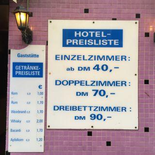 Zimmer DM, Korn EUR