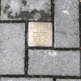 Hohenzollernring 8
